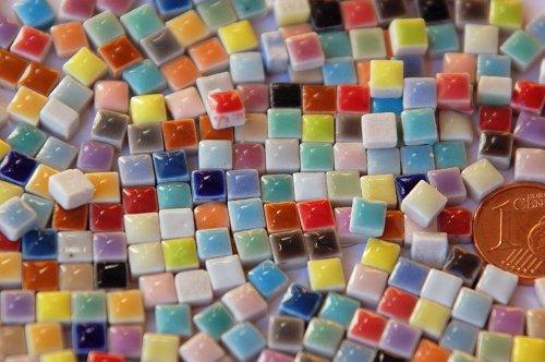 150 Stück Mini Mosaiksteine keramik bunt ca. 35 Farben a 5x5mm glänzend ca. 20g. -