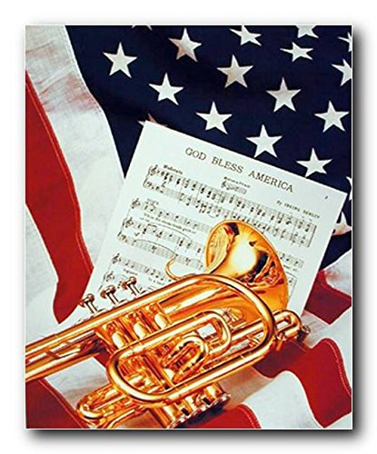 strument und Musik Tabelle liegend auf American Flagge Patriotische Art Print Poster (16x 20) ()