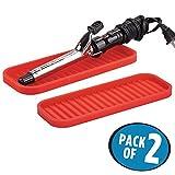 mDesign set da 2 tappetino termico in silicone – Ideale per poggiare arricciacapelli e piastra per capelli – Colore: rosso
