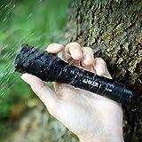 Anker LC90 LED Taschenlampe, IP65 Wasserfest, Super Helle 900 Lumen CREE LED, 5 Licht Modi, Wiederaufladbare Taschenlampe mit Zoom für Camping, Wandern und Notfälle ( Inklusive 18650 Batterie ) -