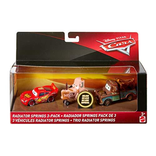 Mattel Disney Cars FLJ91 Die-Cast Radiator Springs Traktor, Lightning McQueen, Hook, 3er-Pack