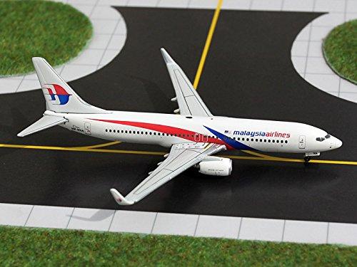 geminijets-gjmas1031-malaysia-airlines-b737-800-w-9m-mxa