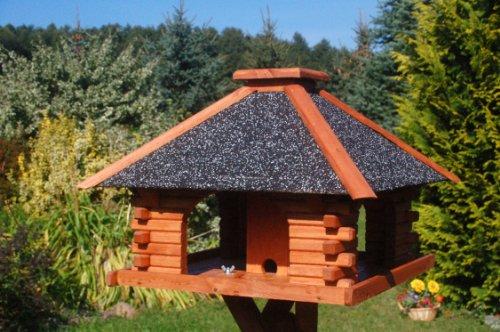 stabiles-futterhaus-vogelhaus-impraegniert-mit-strukturputzdach-mit-staender-2