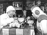 Photographie Noir et Blanc de Louis De Funes et Jacques Villeret dans le film La Soupe aux Choux (30x40 cm)