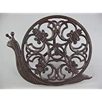 Clever decorative garden hose holder, water hose holder, rustic iron, art nouveau style, green current, look snail.