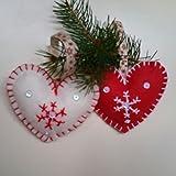 Weihnachtsschmuck im Herzen Form Filz Stoff mit Schneeflocke und weißen Pailletten. Es gibt 4 Einheiten (zwei rot und zwei weiße) pro Paket. Größe x cm. jeder von Ihnen. Weihnachtsgeschenk.
