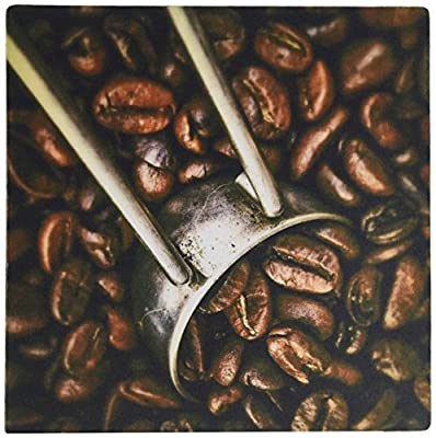 3dRose LLC 8 x 8 x 0.25 Inches Mouse Pad, Coffee Grinder and Beans Close-Up (mp_100458_1) from 3D Rose (Home Improvement)