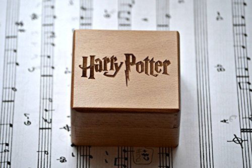 Hölzerne Spieluhr mit der Melodie von * Harry Potter * , Hedwig´s Theme. Streichmusik-Box. DAS BESTE GESCHENK. Qualitätsholz