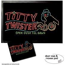 Set : 1 Paillasson Essuie-Pieds (60x40 cm) + 1 Tapis De Souris (23x19 cm) - Une Nuit En Enfer, Titty Twister Open Dusk Till Dawn