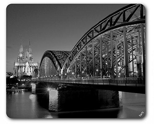 colonia-ponte-sul-reno-e-cattedrale-nella-notte-b-n-tappetino-per-mouse-23-x-19cm