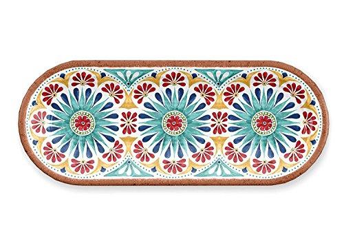 Terrakotta Servierplatte in mediterranem Stil.