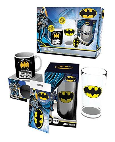 Batman-Inside-Limited-Edition-Geschenkset-Gift-Box-Fanartikel-je-1x-Lizenz-Tasse-Glas-und-Schlsselanhnger