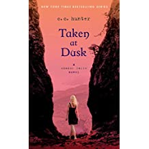 Taken at Dusk: A Shadow Falls Novel (English Edition)