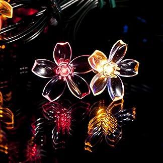 50-Mehrfarbigen-LED-Blume-Solarlichterketten-Solarbetriebene-Wasserfest-Solar-Garten-Lichterketten-Solarlampen-mit-Eingebaut-Nacht-Sensor-Kette-und-Erdspie-Solarleuchten-fr-Auen-Zaun-Terrasse-Hof-Fuwe