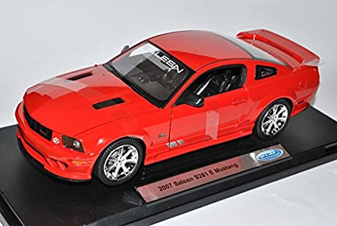 Ford Mustang Saleen S281 E coupe Rot V 1. Generation 2004-2010 1/18 Welly Modell Auto