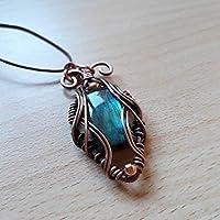 68384e440f Ciondolo pietra dura, labradorite multicolore incastonata con tecnica wire,  pendente, amuleto, pezzo