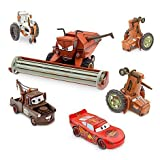 Disney Pixar CARS Movie Exclusive Limited Edition Set TRACTOR TIPPING DELUXE DIE CAST SET mit FRANK THE COMBINE / Mähdrescher (Maßstab 1:24), 2 TRACTORS, 1 COW TRACTOR, LIGHTNING MCQUEEN, MATER / HOOK (Maßstab 1:43) - Metall