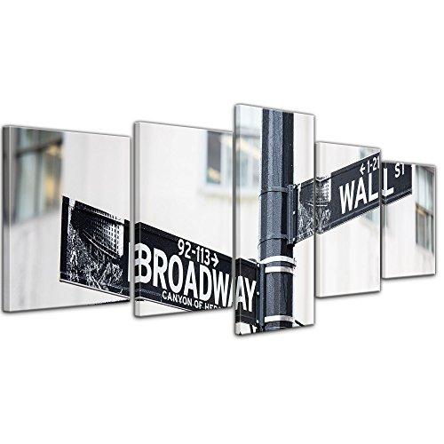 Wandbild - Wallstreet - Broadway - Strassenschild - Bild auf Leinwand - 200x80 cm fünfteilig - Leinwandbilder - Städte & Kulturen - New York - Finanzdistrikt in Manhattan
