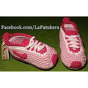 Babyschuhe häkeln, Unisex. Stil, Nike. Farbe Pink und Fuchsia, aus 100% Baumwolle, 4 Größen 0-12 Monate. handgefertigt in Spanien. Turnschuh gehäkelt gestrickt. …