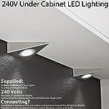 2x * 240V * Triangle LED Unter Schränke/Küche/Spots–gebürstetes Nickel & Natural weiß–Oberfläche montiert Arbeitsplatte Zähler Licht–Beleuchtung Beam Kit