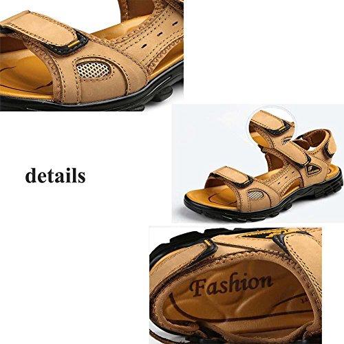 Taglia larga Sport sandali Scarpe da spiaggia Uomini Pelle Aprire il piede velcro traspirante Antiscivolo Crociera Scarpe casual Dimensioni Eu 38-46 light brown