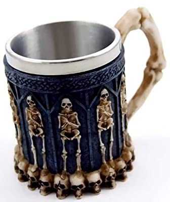 GTH013F Skull and Skeleton Crypt Tankard with Stainless Steel Inner