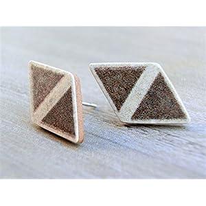 Ohrstecker Ohrringe Ohrschmuck Design Schmuck Geschenkidee DIY Handmade Handarbeit handgemacht aus Keramik Mosaik Fliesen Unikate individuell edel hellbraun mit beiger Umrandung Dreieck
