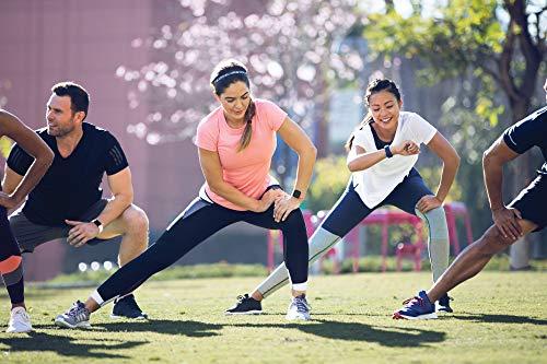 Fitbit - Charge 3 - Bracelet d'activité Forme et Sport : Jusqu'à 7 Jours d'autonomie et Étanche - Aluminium Graphite / Blanc