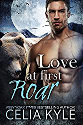 Love at First Roar (BBW Paranormal Shapeshifter Werebear Romance) (Grayslake: More Than Mated Book 4) (English Edition)