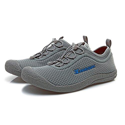 XIANG GUAN Outdoor Chaussures Baskets Course Empeigne en Mesh Respirante et Légère Engrener Sneaker Mixte Adulte Gris