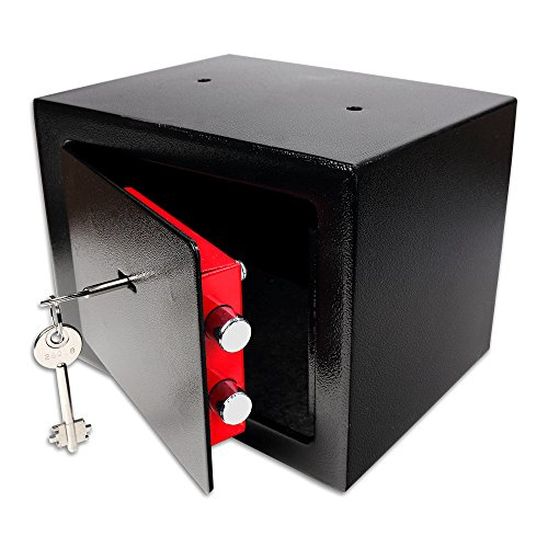 Mini caja fuerte con llave --- Peso: 3kg Dimensiones: 23x 17x 17cm ----- Color: negro --- La caja fuerte doméstica se puede fijar o empotrar en armarios, muros, huecos en el muro. Esta caja fuerte le proporcionará una protección óptima antirrobo ...