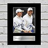 Fotografía firmada por Rory McIlroy y Sergio García y enmarcada en expositor de la Ryder Cup