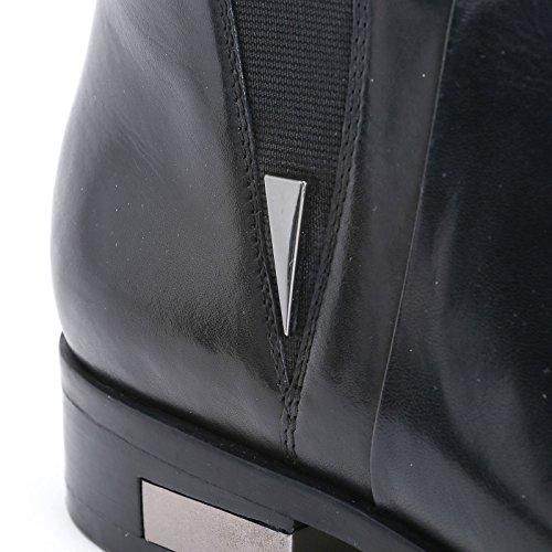 ALESYA by Scarpe&Scarpe - Bottines basses avec détail en métal, en Cuir Noir