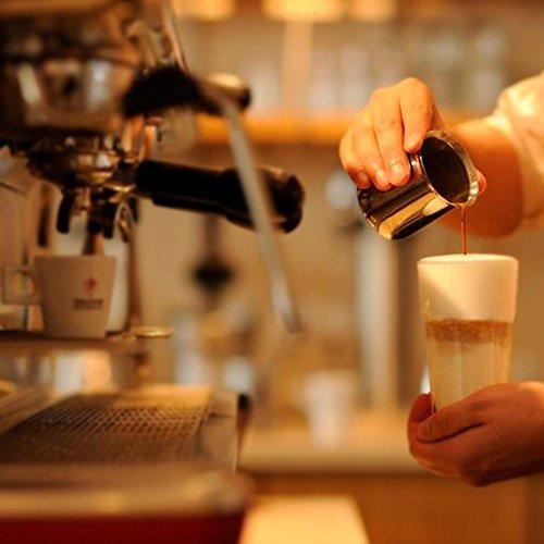 Kaffeevollautomaten & Kaffeemaschinen