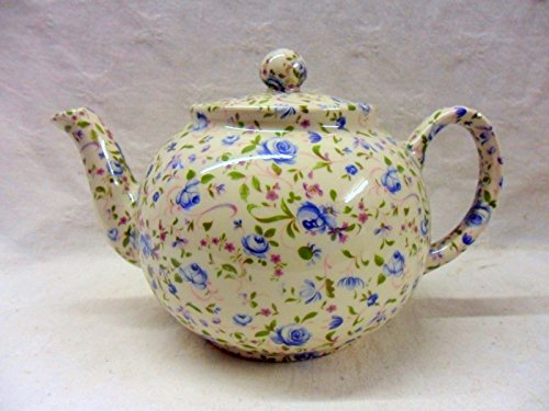 seconds-blue-lowestoft-6-cup-teapot-by-heron-cross-pottery