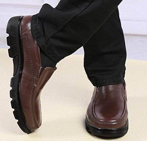 Scarpe Anziane Set Di Piedi Scarpe Uomini Scarpe Casual Pigri Un Pedale Scarpe Casual Brown