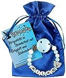 Personalisierte Schnullerkette mit Namen aus Holz für Jungen in Blau   verschiedene Designs verfügbar  perfektes Baby-Geschenk zur Geburt und Taufe (Design3)