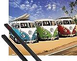 1art1 Poster + Hanger: Autos Mini-Poster (50x40 cm) VW Bus, Bulli, Strand Inklusive EIN Paar Posterleisten, Schwarz