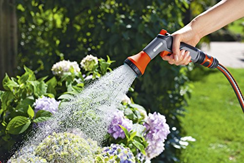 GARDENA Classic Bewässerungsbrause: Gartenbrause zur Bewässerung von Topfpflanzen und Beeten, frostbeständig, Einhandbedienung, funktional (18311-50)