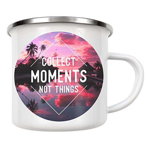"artboxONE Emaille Tasse ""Collect moments not things"" von WAM - Emaille Becher Festivals"