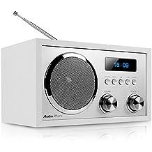 AudioAffairs DAB+Digitales Nostalgie-Radio   UKW-Retroradio mit Bluetooth   2 Alarmzeiten mit Radiowecker   AUX-IN   Kopfhörereingang   Weiß – Nur erhältlich auf Amazon.de