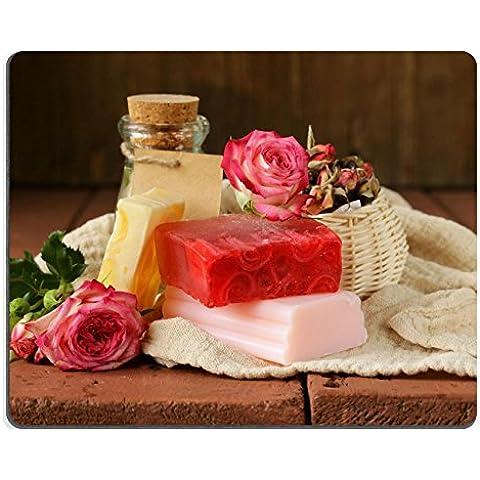 Luxlady Mousepads in gomma naturale, gioco fatto a mano con il sapone, profumo di rose su un tavolo di legno foto ID 25601515 - Foto Sapone