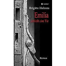 Emilia schließt eine Tür