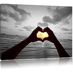Hände zu einem Herz geformt schwarz/weiß Format: 120x80 auf Leinwand, XXL riesige Bilder fertig gerahmt mit Keilrahmen, Kunstdruck auf Wandbild mit Rahmen, günstiger als Gemälde oder Ölbild, kein Poster oder Plakat