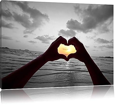 Hände zu einem Herz geformt schwarz/weiß Format: 80x60 auf Leinwand, XXL riesige Bilder fertig gerahmt mit Keilrahmen, Kunstdruck auf Wandbild mit Rahmen, günstiger als Gemälde oder Ölbild, kein Poster oder