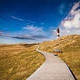 wandmotiv24 Fototapete Vliestapete Leuchtturm mit Holzweg KT329 Größe: 300x260cm Meer Strand Weg