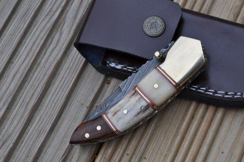 caccia-lama-di-coltello-pieghevole