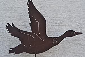 Gartenstecker Ente im Flug - 120 cm, sehr stabil - Gartenstecker aus Stahl mit Edelrost - hochwertige Ausführung