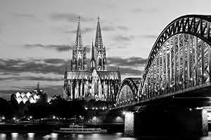 Amazon.de: Kölner Dom in Schwarz / Weiß - Leinwandbild auf