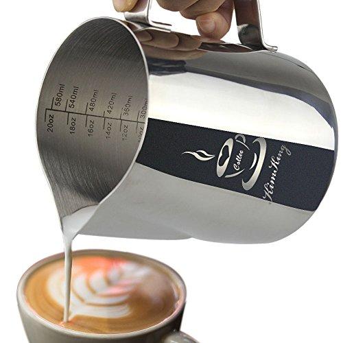 20 Unzen Flüssigkeit (KimKing 600ml /20oz Milch Pitcher rostfreiem Edelstahl Milchkännchen perfekt für Milchaufschäumer Cappuccino Milchschaum Cafe Art Aufschäumkännchen)